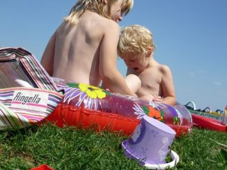 family nudism naturism questions naturist children kids telling friends felicitys blog