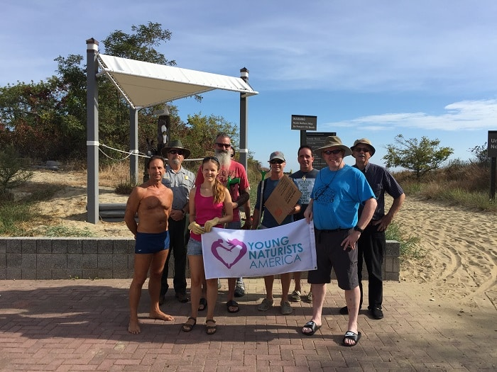 YNA Group photo before Gunnison Beach Cleanup