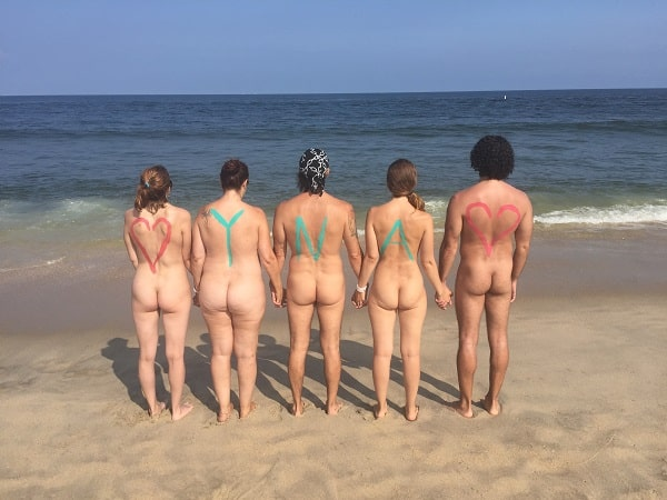 How to meet local nudists and naturist friends