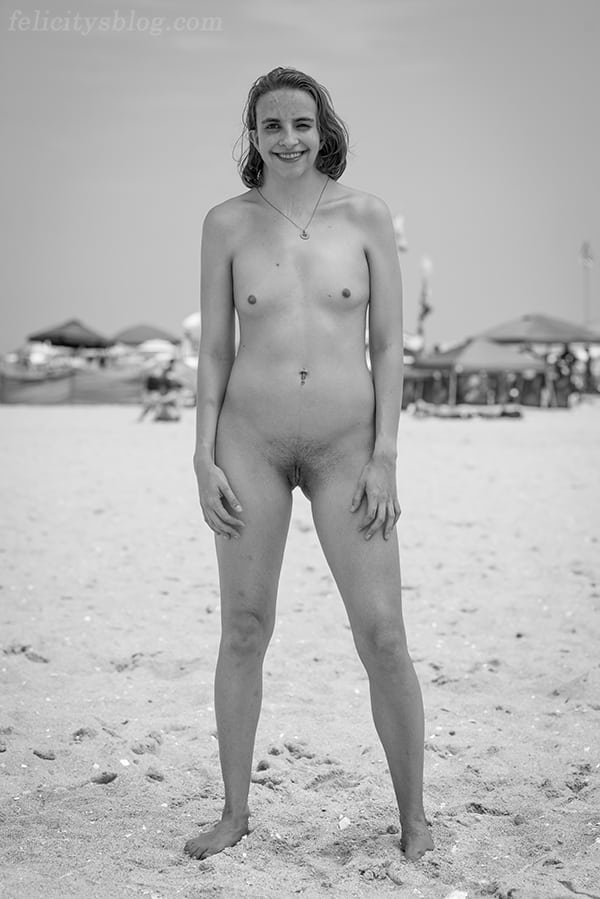 The Real Nude Beach Body Positive Photography Project: Laura