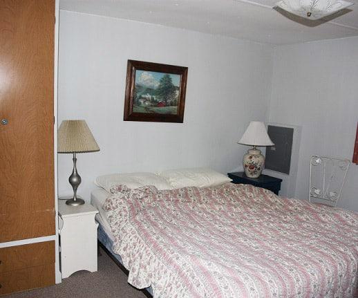 coventry-resort-trailer-master-bedroom-felicitys-blog